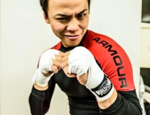 トレーニング動画|RAOU式腹筋Vol1|腹筋?RAOU?キックボクシング=くびれ